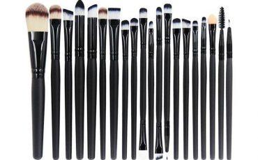Wie schminken Sie einfach und angenehm? Arten der Make-up-Pinsel